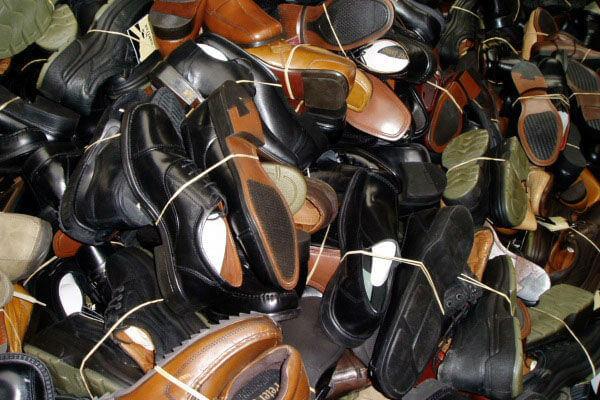 Giày da hàng thùng