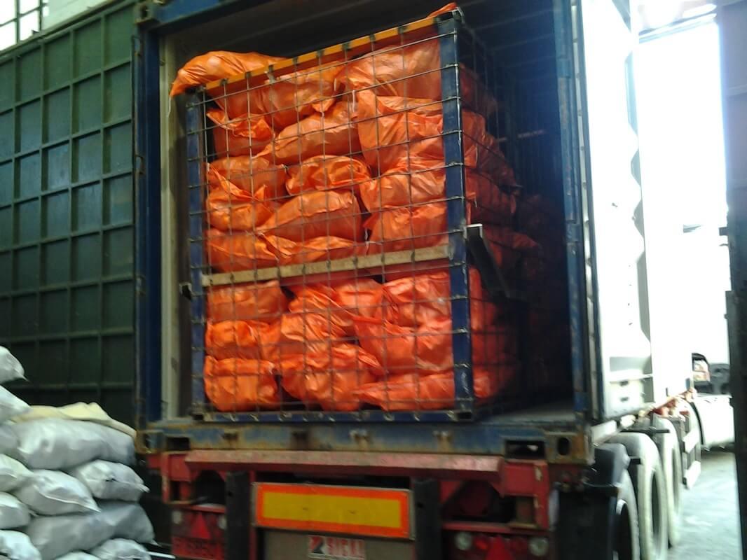 Đóng container tại Campuchia